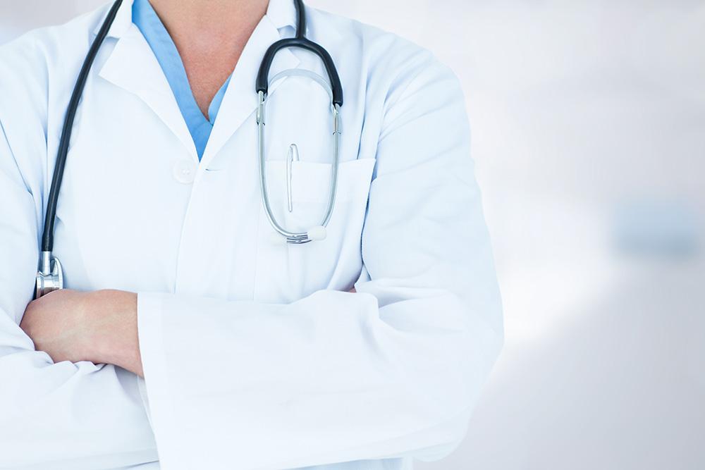 Läkare och stetoskop